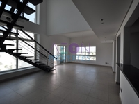 3 Bedrooms Apartment in Jumeirah Heights