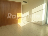 2 Bedrooms Apartment in Green View 2