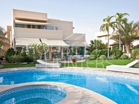 5 Bedrooms Villa in Saheel 1