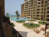 2 Bedrooms Apartment in Al Hamra Golf Resort