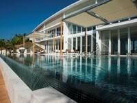 5 Bedrooms Villa in Beachfront Estate
