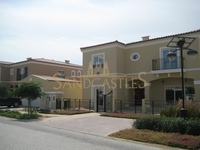 5 Bedrooms Apartment in Green Community West